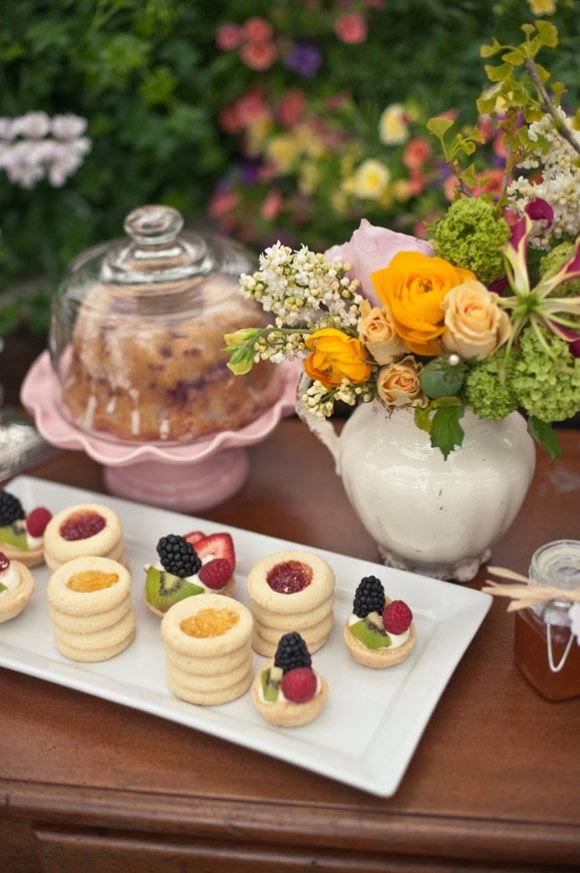 Old fashion iron made trays are ideal for a vintage or rustic wedding