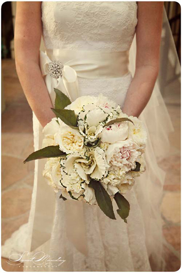 Lovely wedding bouquets by La Partie Events